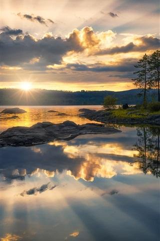 iPhone Wallpaper Ringerike, Norway, lake, trees, clouds, sunset