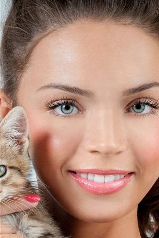 iPhone Wallpaper Smile girl and kitten