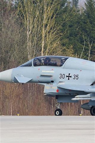iPhone Papéis de Parede EF-2000 Eurofighter, decolagem de lutador
