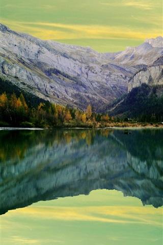 iPhone Wallpaper Lake, mountains, water reflection