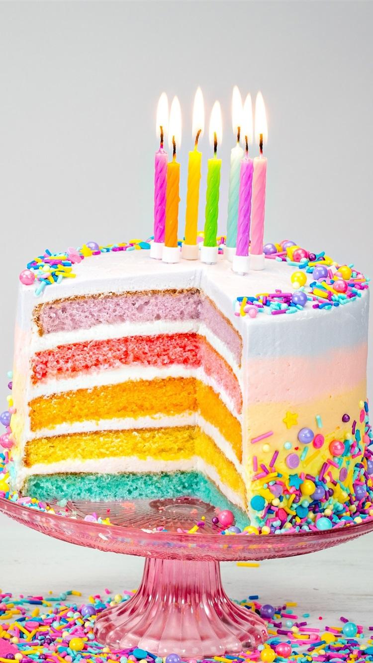 桌布 彩虹色生日蛋糕,蠟燭,火焰 3840x2160 Uhd 4k 高清桌布 圖片 照片