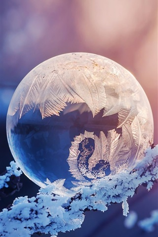 iPhone Wallpaper Crystal ball, snow, frost, glare