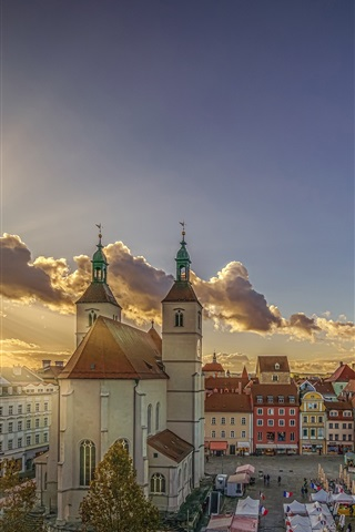 iPhone Wallpaper Germany, Bavaria, Regensburg, church, city, clouds, sun rays