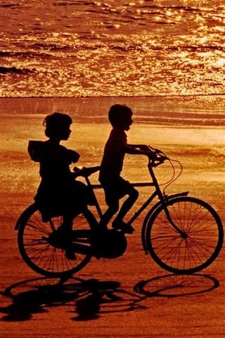 iPhone Wallpaper Happy childhood, childs, bike, sea, beach, sunset