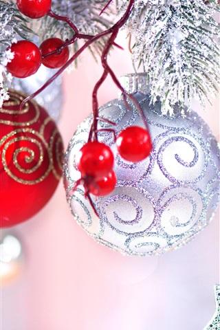 iPhone Papéis de Parede Bagas vermelhas, bolas de natal, decoração, faíscas