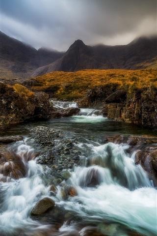 iPhone Wallpaper Scotland, Highland, river, creek, mountains, grass, fog