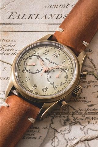 iPhone Wallpaper Vintage wrist watch, map