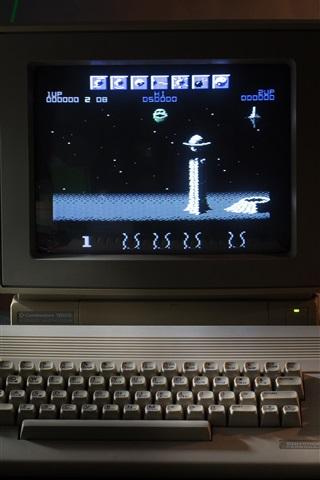 iPhone Wallpaper Classic computer, keyboard, game, retro