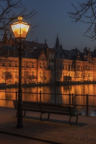 iPhone Wallpaper Hague, Netherlands, buildings, night, lamp