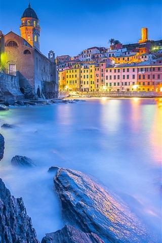 iPhone Wallpaper Ligurian Sea, Vernazza, Cinque Terre, houses, lights, Italy