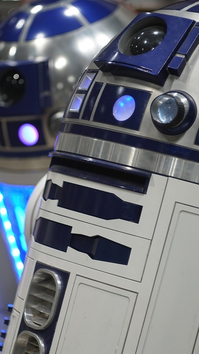 R2 D2 Robot Star Wars 640x1136 Iphone 5 5s 5c Se Wallpaper Background Picture Image