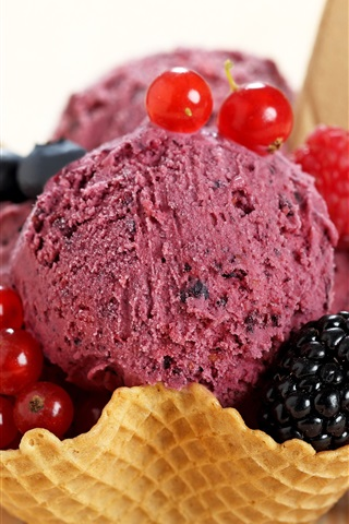 iPhone Wallpaper Ice cream, berries, summer dessert