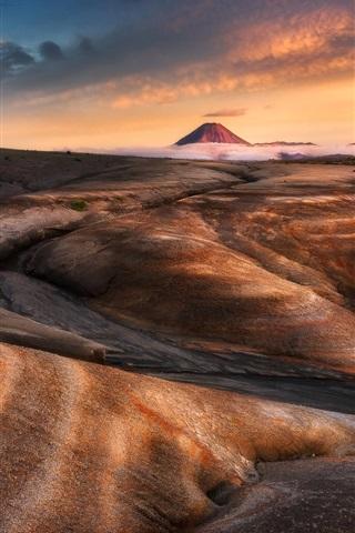 iPhone Wallpaper Tongariro National Park, New Zealand, mountains, desert