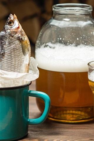 iPhone Wallpaper Beer, fish, cup