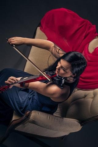 iPhone Wallpaper Girl play violin, sofa, top view