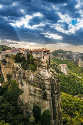 iPhone Wallpaper Kalambaka, Greece, trees, mountains, houses, height