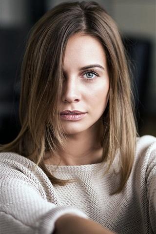 iPhone Wallpaper Brown hair girl, blue eyes, sweater