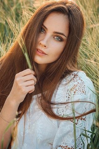 iPhone Wallpaper Brown hair girl, wheat field