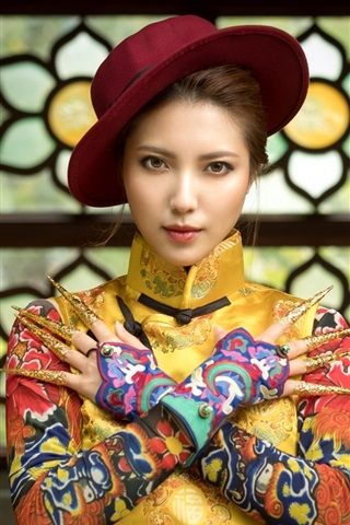 iPhone Wallpaper Chinese girl, hat, beautiful dress