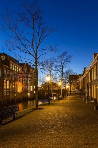 iPhone Wallpaper Dordrecht, Netherlands, street, evening, lights
