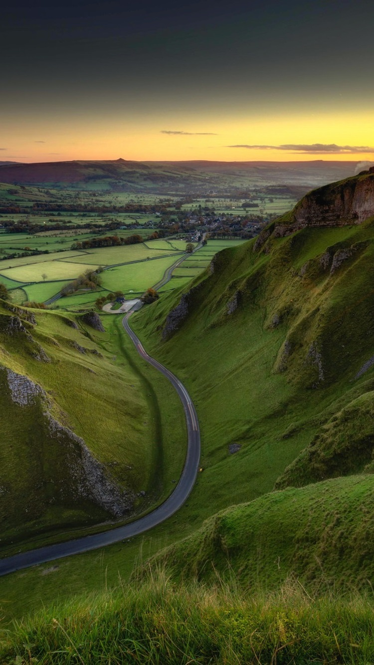 England Peak District Green Fields Road Sunrise Morning