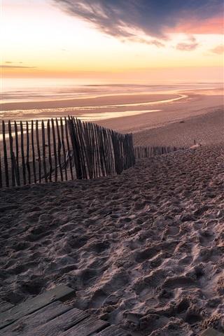 iPhone Hintergrundbilder Frankreich, Aquitaine, Strand, Meer, Zaun