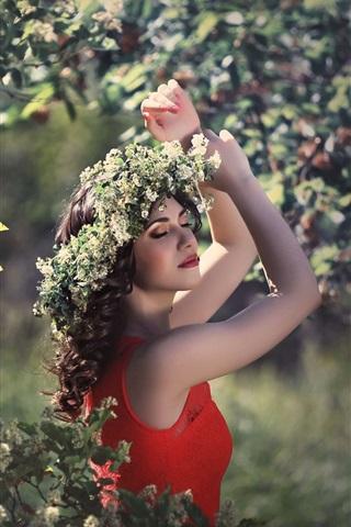 iPhone Wallpaper Happy girl, red skirt, wreath