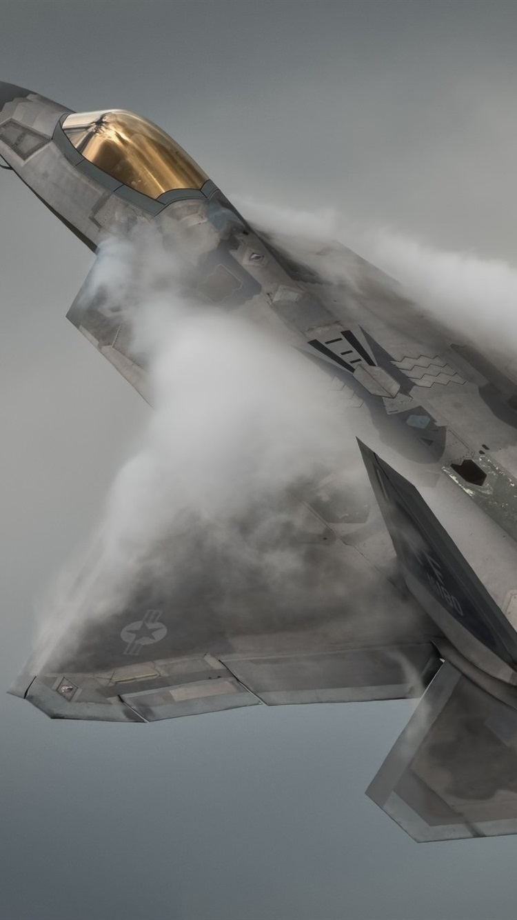 Lockheed Martin F-22A Raptor flight, smoke 750x1334 iPhone 8