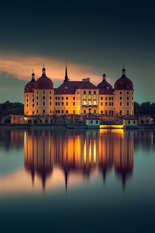 iPhone Wallpaper Moritzburg, Germany, evening, lake, buildings, lights, night