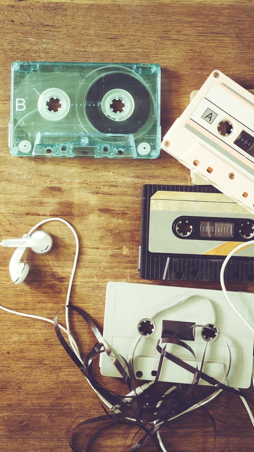Music Theme Headphones Cassettes Retro 1125x2436 Iphone