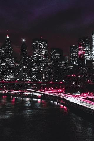 iPhone Wallpaper New York, Brooklyn Bridge, promenade, road, skyscrapers, lights, night