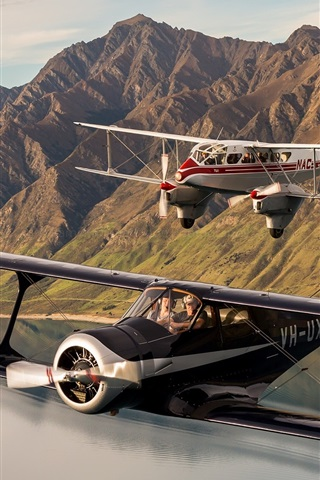 iPhone Wallpaper Two aircrafts, biplane