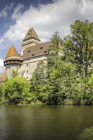 iPhone Wallpaper Austria, Castle Heidenreichstein, trees, pond