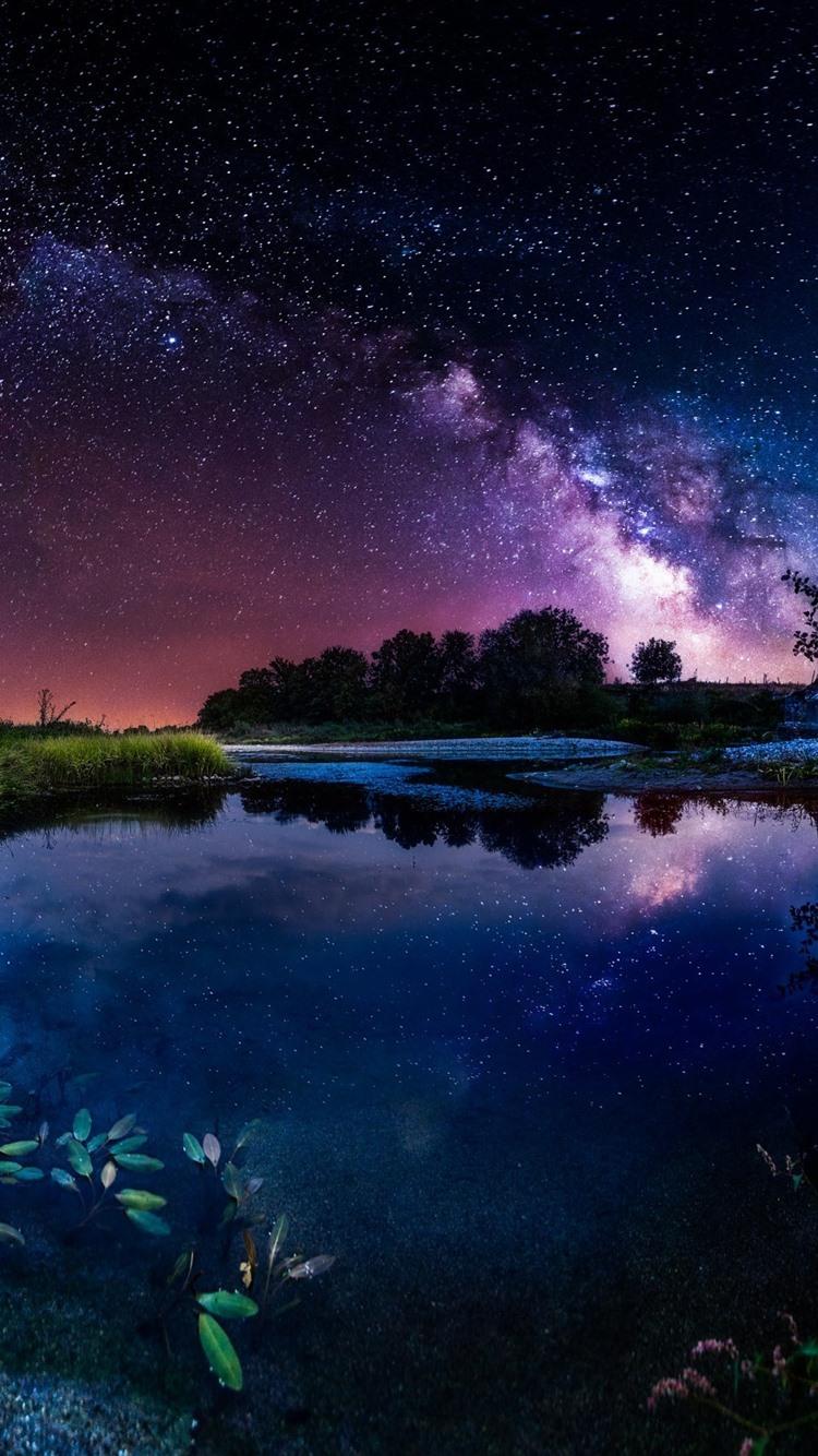 美しい夜 池 家 星空 空 星 750x1334 Iphone 8 7 6 6s 壁紙 背景