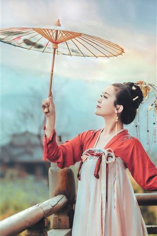 iPhone Wallpaper Chinese ancient costume girl, umbrella
