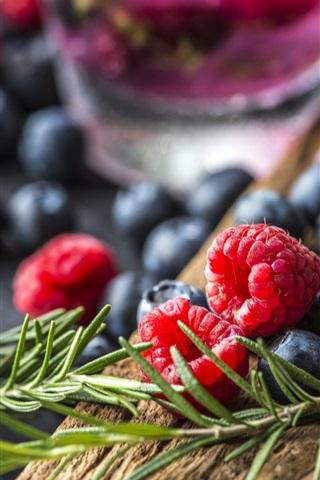 iPhone Wallpaper Delicious berries, raspberry, blueberries