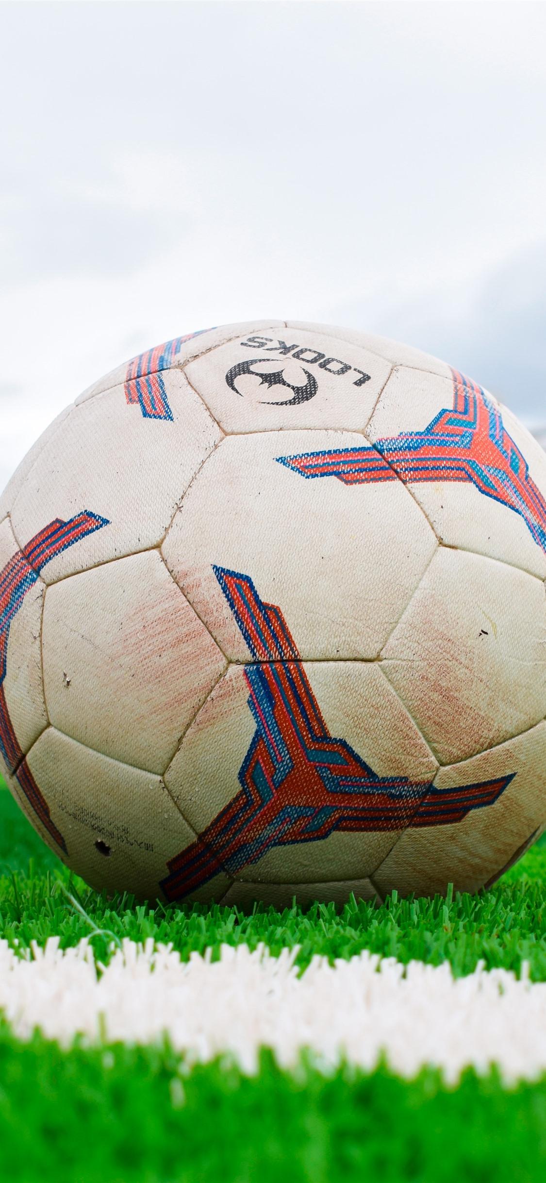 Wallpaper Football Meadow School 5120x2880 Uhd 5k Picture