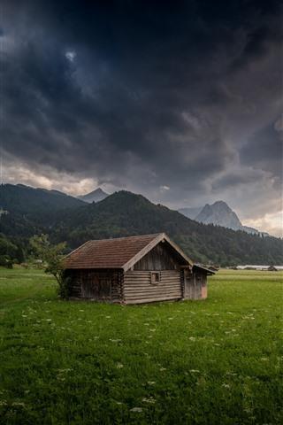 iPhone Wallpaper Germany, Bayern, Garmisch-Partenkirchen, houses, fields, mountains, thick clouds