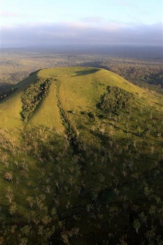 iPhone Wallpaper Mount Fox, Queensland, Australia