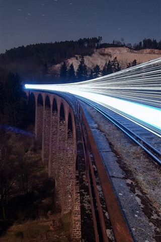 iPhone Wallpaper Railroad, train, light lines, night
