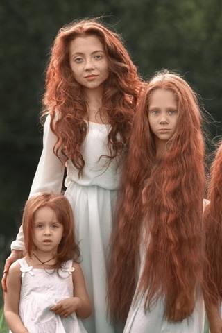 iPhone Wallpaper Red hair girls, sisters