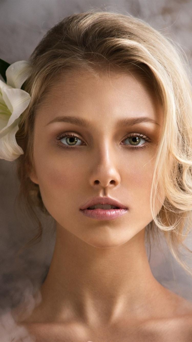 Wallpaper Blonde Girl Green Eyes Lily Smoke 1920x1200 Hd