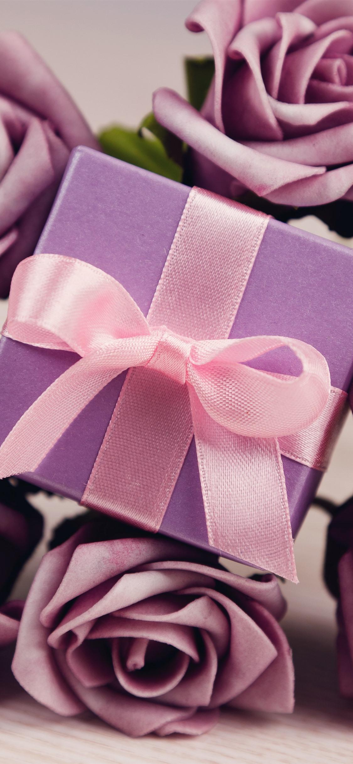 ギフト 紫のバラ 1125x2436 Iphone 11 Pro Xs X 壁紙 背景 画像