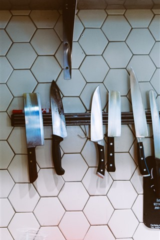 iPhone Wallpaper Some knives, wall