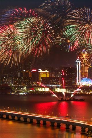 iPhone Wallpaper Beautiful fireworks, boat, city, Shanghai, bridge, lights, night, China