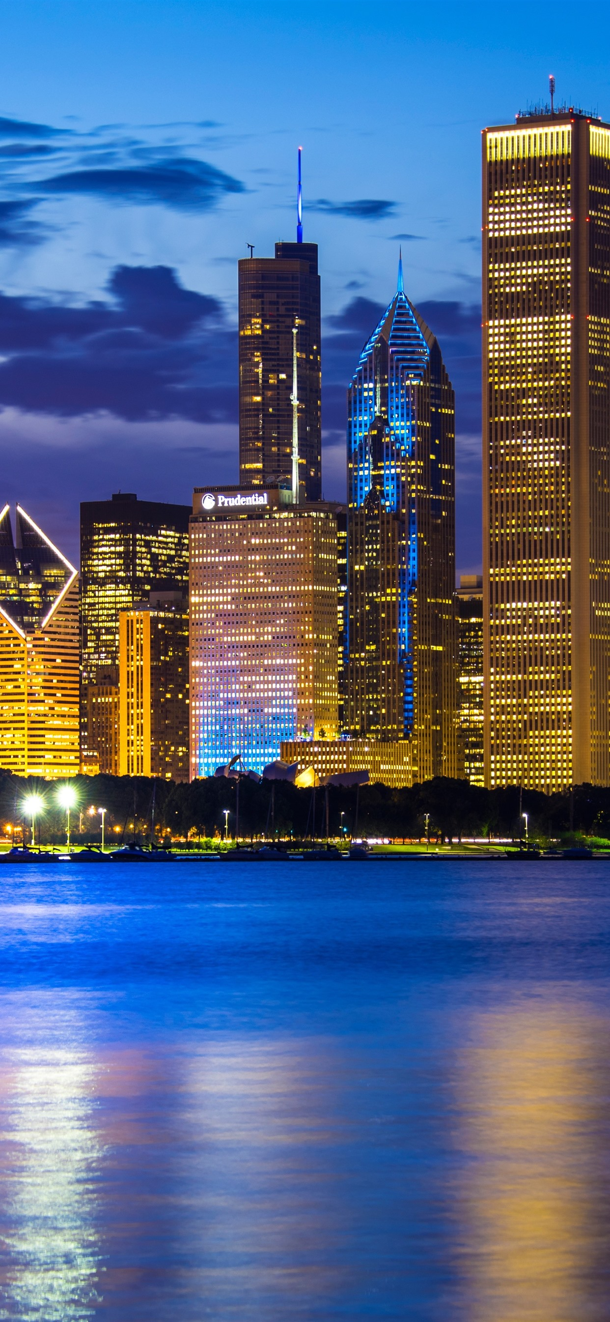 Wallpaper City At Night Chicago Illinois Usa Skyscrapers Lake Michigan Lights 5120x2880 Uhd 5k Picture Image