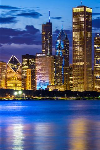iPhone Wallpaper City at night, Chicago, Illinois, USA, skyscrapers, Lake Michigan, lights