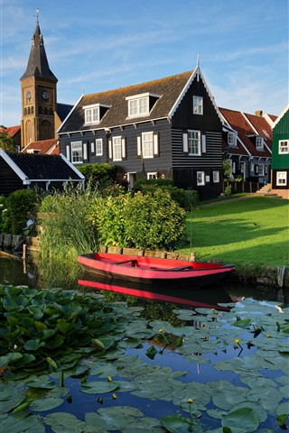 iPhone Wallpaper Marken, Netherlands, village, houses, river, grass