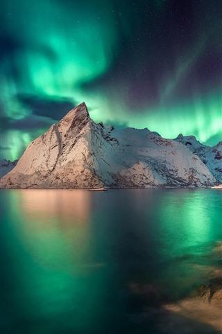 iPhone Wallpaper Norway, Nordland, Lofoten, Northern lights, mountains, sea, dusk