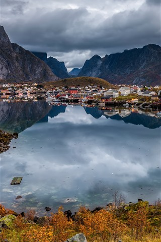 iPhone Wallpaper Norway, city, lake, mountains